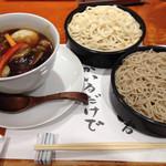 平沼 田中屋 - うどんも蕎麦もおいしい、カレー汁野菜カレーせいろ。ボリュームもあります。満足の逸品。