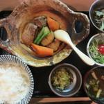 31794326 - 絶好調定食(豚バラ肉の味噌シチュー) 1000円