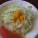 短角亭 - サラダ(アップ)