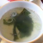 短角亭 - ワカメスープ(アップ)