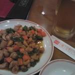 31796310 - 鶏肉とカシューナッツの炒め物