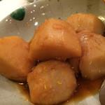 三田 竹若 - お芋さんの煮ころがし。