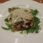 31804612 - 豚肩ロース肉と茄子と葱のモッツァレラチーズ焼き 味噌風味