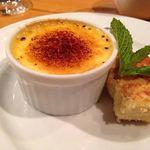 アンベルテンポ - 先日行われた宴会のシェフおまかせコースのデザート ブリュレとリコッタチーズです byお店