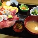 ゆげしま - 海鮮丼980円