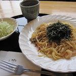 竹の子 - スパゲティ(サラダ付き) 600円