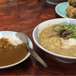 九州 - 博多ラーメン+ミニカレー780円・唐揚げ550円