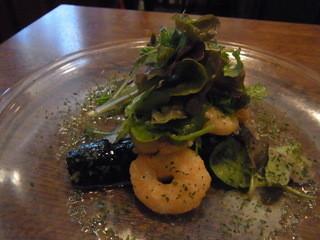 ミハシカフェ - ランチ(1500円)の前菜。ナスと小エビ