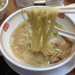 餃子の王将 - 王将ラーメン<ジャストサイズ>(378円)麺リフト