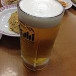 餃子の王将 - 生ビール<大>(810円)