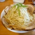 麺の蔵 - 2014年9月 味噌チャーシュー麺 大盛り 太麺 スープ普通 1080円