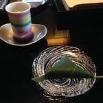 31827904 - 2014年8月:ウエルカムスイーツに麩饅頭とほうじ茶