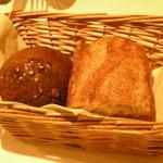 レストラン ミツヤマ - パン