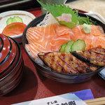 五郎鮨 - ランチ「サーモン穴子丼 1,000円」