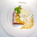 Cafe de 佛蘭西 - 自家製シフォンケーキ(写真は「キャラメル」)