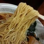 紀の家 - 麺リフト