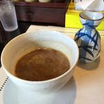 らーめん・つけ麺 よろしく - ベジタブルポタージュを混ぜ合わせた濃厚とんこつ魚介スープとかつお出汁の湯割り(^^)