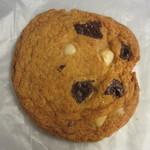 ナカムラ ジェネラル ストア - クルミとチョコチップクッキー