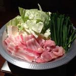 居酒屋 HALU - 鳥と豚肉の鍋