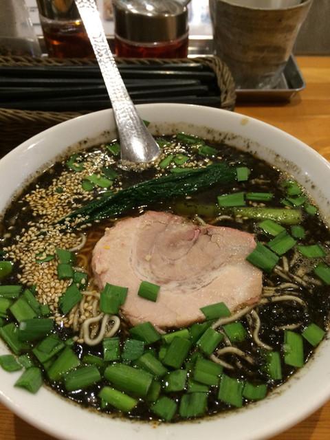 瀬佐味亭 虎ノ門店 - 黒坦々麺
