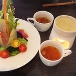 31861333 - 【ピアットコース】スープ&バーニャ・カウダ