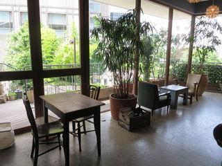 デイライトキッチン - 古材とアンティークの調度の温もりも印象的なナチュラル・カフェ♪