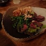 ひと手間キッチン ここち - 牛タンの炙りレアステーキ(小)