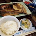 3187930 - 本日の焼き魚定食(800円)