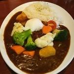 ザ・ローズ&クラウン - ベジタブルカレー、ビーフ、味玉トッピング❤