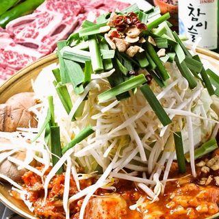 韓国料理は野菜をふんだんに楽しめます!
