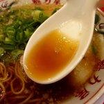 ラーメン魁力屋 - 甘さのある醤油スープ!(2014,10/20)