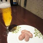 虎穴 - ビールと自家製仔豚の腸詰