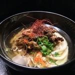 柔製麺 - 辛・国産牛肉と土ゴボウのおうどん(温) 720円