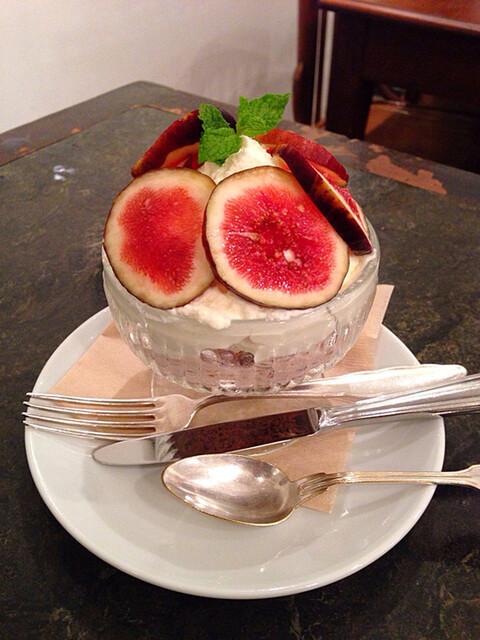 カフェ リゼッタ - イチジクのクープ(1300円)