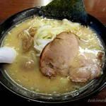 北海道ラーメン おやじ - おやじ麺\800円 + 味玉\100円!