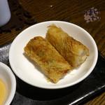 gd - 「Eランチ 回鍋肉」 1,230円 網目揚げ春巻き