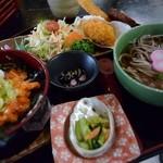 新鮮処 魚里 - ピリ辛えんがわユッケ丼膳(1,300円)