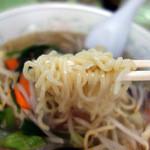 珎々亭 - タンメンの麺
