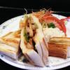 カプチーノ詩季 - 料理写真:ホットサンド・、照り焼きチキン
