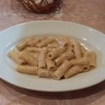 イル ヴェッキオ ムリーノ - 白子とジャガイモのペーストのクリームパスタ