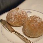 ミラヴィル - 自家製のひよこ豆とライ麦パン