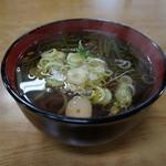 仙岩峠の茶屋 - 山菜そば・・\500ー