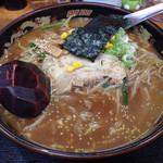 こだわりらーめん 麺太 - 料理写真:赤味噌ラーメン中