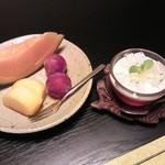味道楽 - 2014ver. フルーツとデザート(洋ナシのムースとぶどうのゼリー)