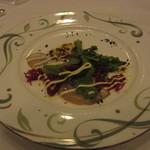 ヴァンセーヌ - 5800円コースの魚料理。カルパッチョ。
