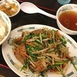 日高屋  - ニラレバ炒め定食