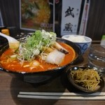 らー麺 武蔵 - 料理写真:激辛麺 + ライス