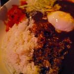 ルート10 - 温玉カレー