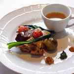 リストランティーノ ルベロ - 黒毛和牛ほほ肉とホロホロ鳥、秋野菜のボッリート