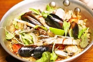 カフェ キャラット - 魚介のパエリア